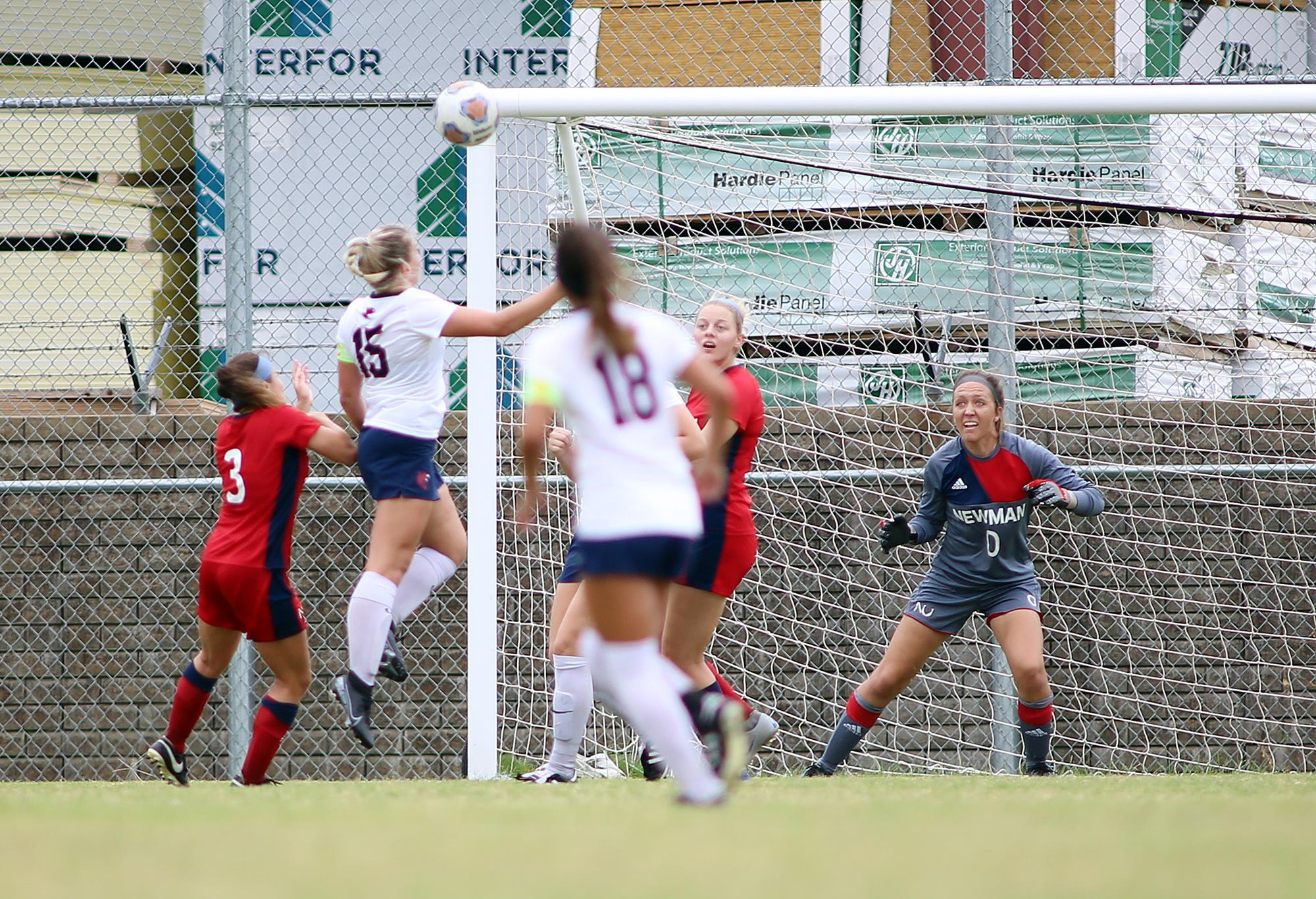 Women's soccer goalie scores MIAA goalie of the week
