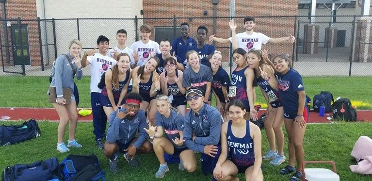 Cross Country crosses the finish line on its season