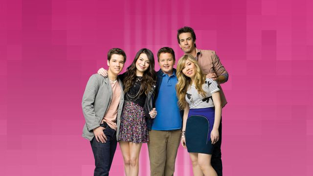 Leave it all to 'iCarly' to bring back the nostalgia